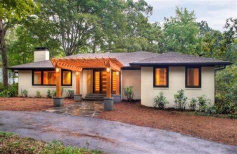 modern traditional homes modern traditional wooden houses built hammertime home
