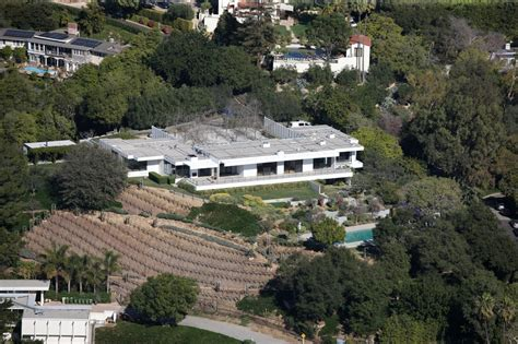 bel air mansion jennifer aniston s bel air mansion zimbio