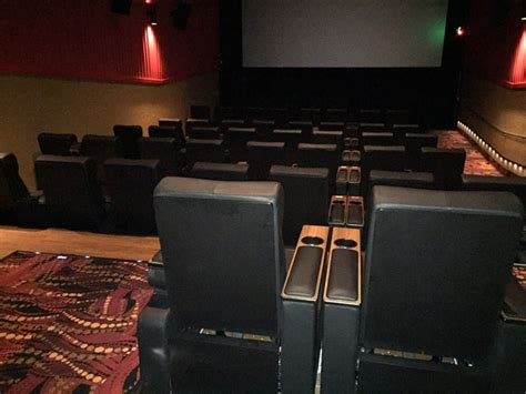 regal cinemas with recliners recliners yelp