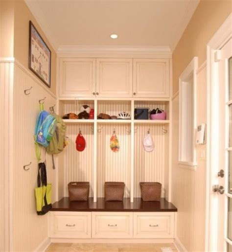 How To Make Storage In A Small Bathroom - small mudroom and entryway decor ideas comfydwelling com