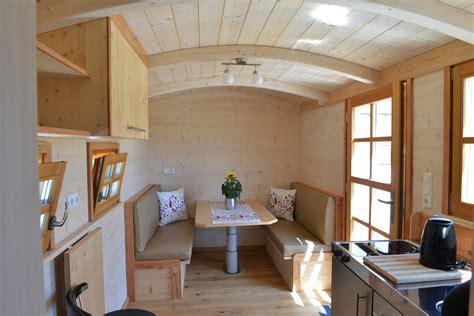 Tschibo Tiny Haus Kaufen by Tiny Houses Leben Im Tiny House Zirkuswagen