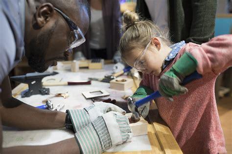 lowes  build  grow workshops  kids