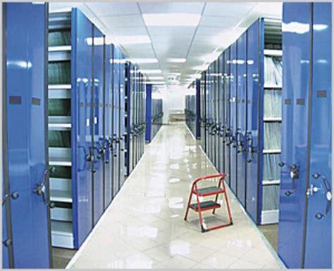 scaffali per cabine armadio armadi e scaffali armadi e scaffali per uffici magazzini
