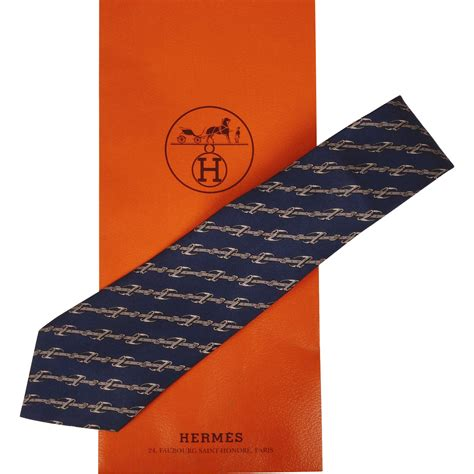 vintage hermes tie silk twill horsebit pattern 951 necktie