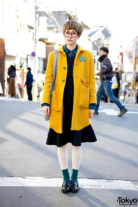 by the fashion hash s t y l e pinterest fashion and the ojays tokyo fashion cute short hairstyle round glasses coat