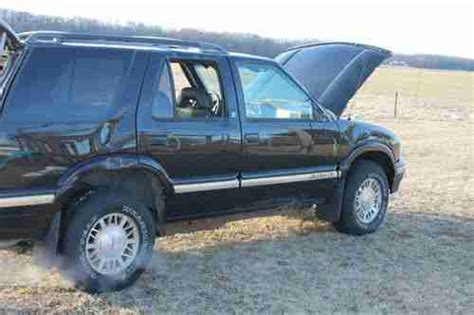 where to buy car manuals 1997 gmc jimmy auto manual find used 1997 gmc jimmy sle sport utility 4 door 4 3l salvage good drivetrain in morocco