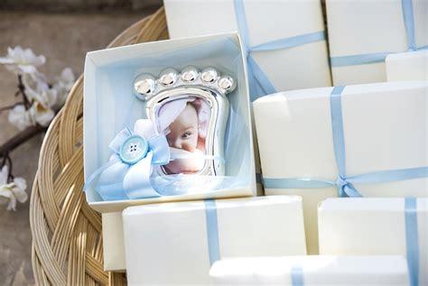 cornice battesimo bimbo bomboniere per battesimo idee e fotografie per scegliere