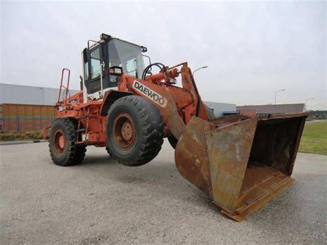 daewoo mega mg200 iii wheel loader from netherlands for