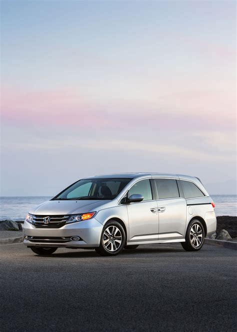 2016 Honda Odyssey Carsfeatured 2016 Honda Odyssey Starts At 30 155 New Se Trim Available