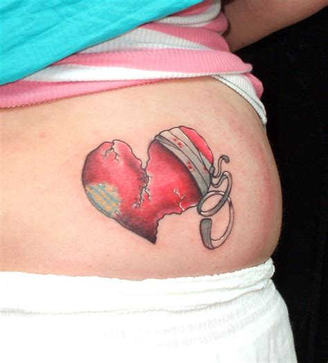 small broken heart tattoos broken tattoos designs ideas and meaning tattoos