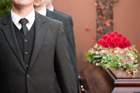 what colors to wear to a funeral what to wear to a funeral a guide for s attire