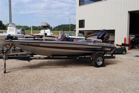 stratos bass boats dealers stratos 278 bass boat boats for sale
