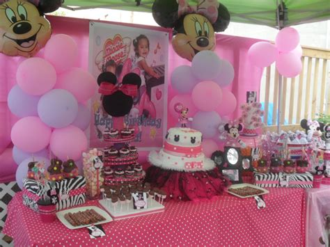 party themes minnie mouse regina s party events kayla s 1st birthday minnie mouse
