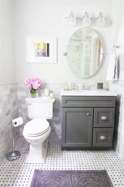 small bathroom ideas color 25 best ideas about small bathroom colors on pinterest