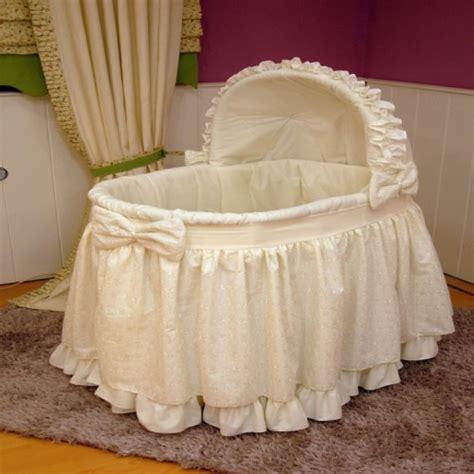puset ekilli ve beyaz renkli bebek be ik modelleri on pinterest bebek beşik modelleri dekorstore 169 2016