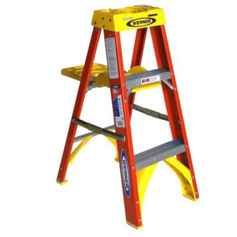 Step Ladder Shelf by Werner 3 Ft Fiberglass Step Ladder With Shelf 300 Lb Load Capacity Type Ia Duty Rating 6203s