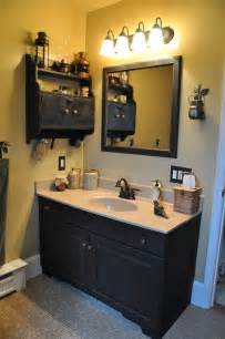 Primitive Bathroom Wall Colors 25 Best Ideas About Primitive Country Bathrooms On