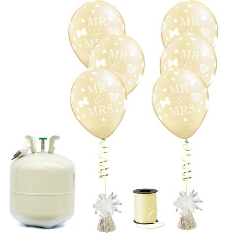 Mr.Mrs Wedding Balloon Package   Balloons.co.uk