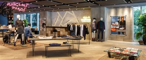 home interiors shops the digital era of brick and mortar retail is here total
