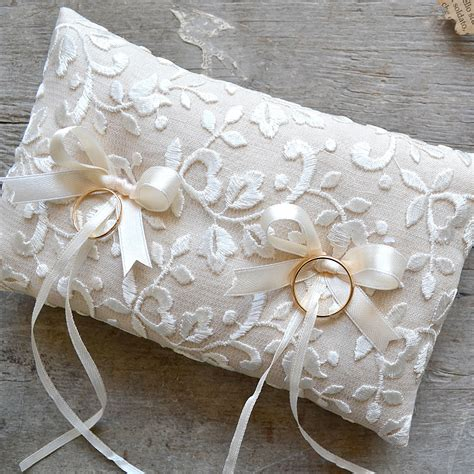 cuscini porta fedi nuziali cuscino porta fedi rettangolare in lino con ricamo la