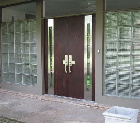 Steel And Wood Double Main Entryway Door House Design With Glazing Front Doors