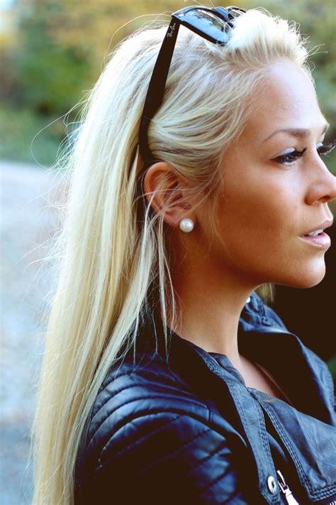 bleach blonde hair on tan skin 2528 best lovebarbiegirls images on pinterest barbie