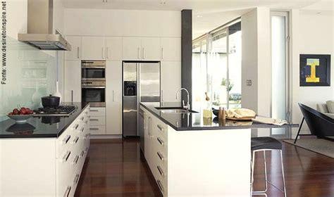 Cozinhas Atuais Passeio Revestimentos E Sensa 231 245 Es House Kitchen De