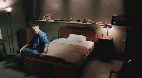 supernatural bedroom dean s pray to cas a blog devoted to supernatural