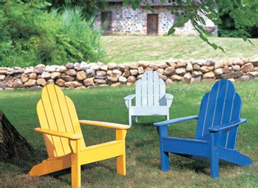 easy exterior furniture makeovers  benjamin moore paints