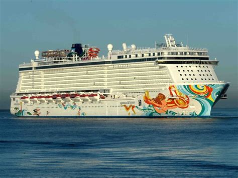 norwegian cruise vs carnival cruise smackdown norwegian getaway vs carnival breeze