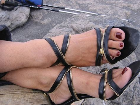 rima suqi this woman climbed kilimanjaro in stilettos jamiiforums