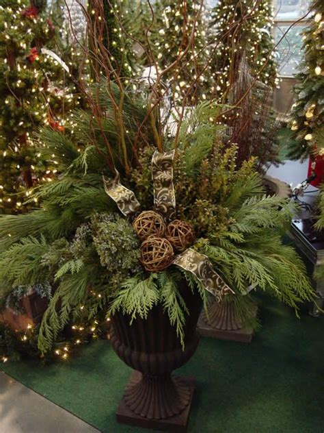 25 best ideas about christmas urns on pinterest outdoor