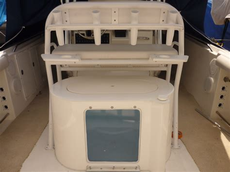 fiberglass boat livewell leaning post livewell the hull truth boating and