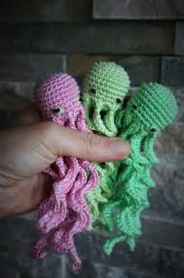 Free amigurumi seamless octupus pattern here you can find my version