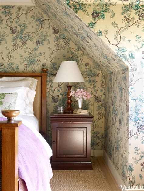 cottage style wallpaper 25 best ideas about cottage bedrooms on
