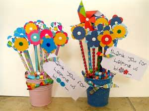 lavoretti le matite si trasformano in fiori