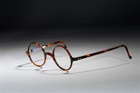 about the v a oliver goldsmith eyewear collection