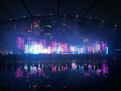 dancing lights to music led christmas lights dance to music mouthtoears com