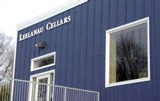 leelanau cellars tasting room wine trail traveler