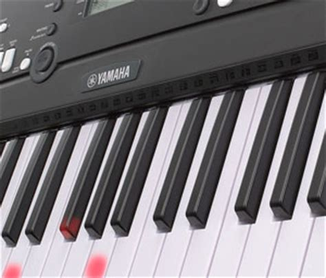 yamaha ez 220 keyboard with lighted keys amazon com yamaha ez 220 portable keyboard with lighted