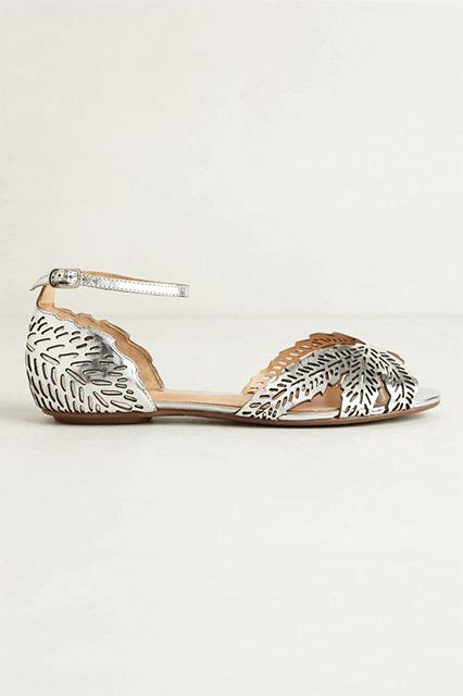 Flat Wedding Sandals For by Best 25 Flat Wedding Sandals Ideas On Jeweled