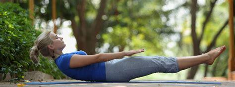boat pose exercise video boat pose naukasana navasana yoga health benefits