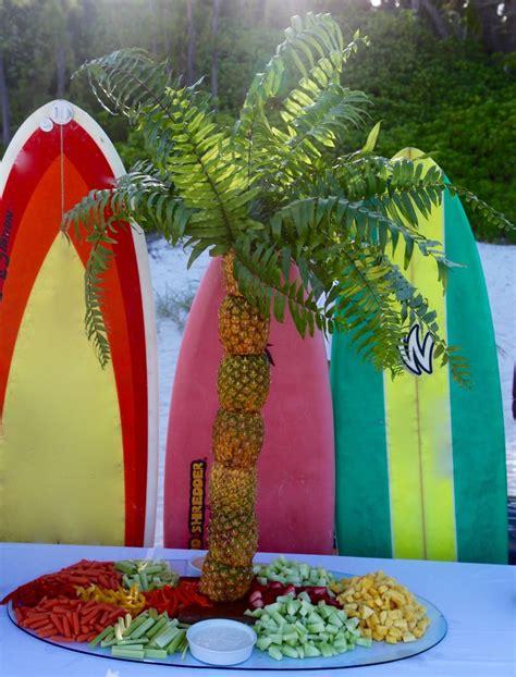 pineapple fruit tree stand best 25 pineapple tree centerpieces ideas on