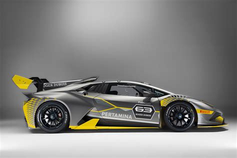 Lamborghini Super Trofeo lamborghini hurac 225 n super trofeo evo just rolls off the