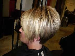 stacked bon haircut teenagers popular stacked bob haircut pictures short hairstyles