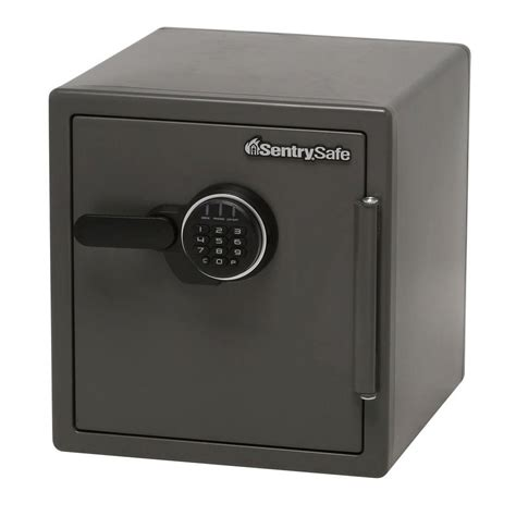 sentrysafe 4 6 cu ft commercial safe safe with