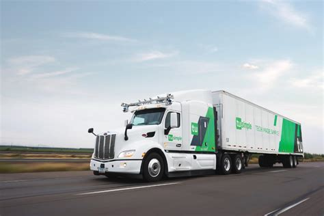 this robot truck startup may have an edge over waymo in
