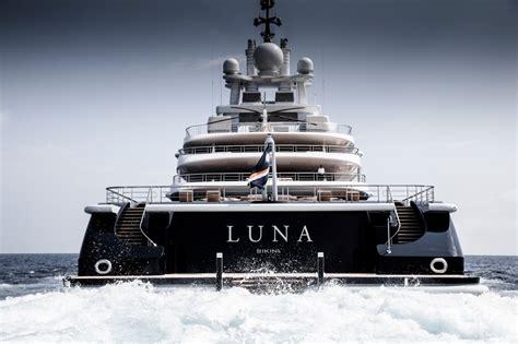 yacht luna luna