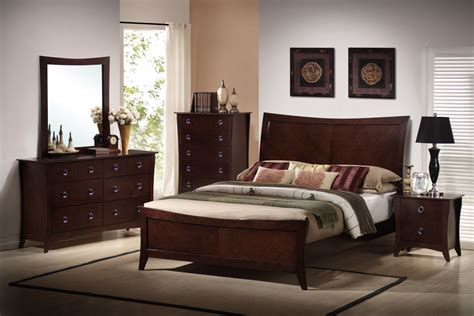 Bedroom Set by Bedroom Set Huntington Furniture