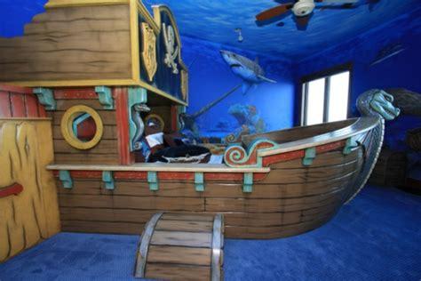 Bett Schiff Kinderbett by Piraten Kinderbett Macht So Viel Spa 223 Archzine Net
